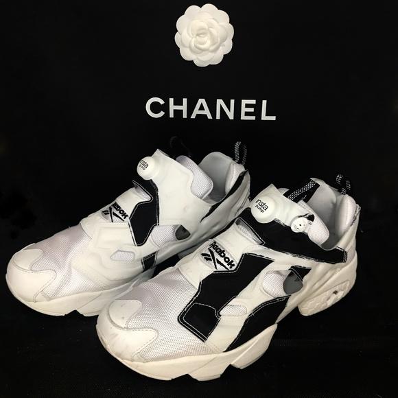 4f1f409302c363 Reebok Instapump Fury Sneaker Men s Size 11. M 5ae2688050687cfa3aa40259